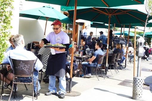 URTH cafe Melrose